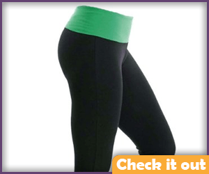 Black and green yoga pants.