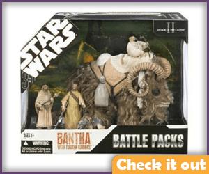Tusken Raider Figure Battle Pack with Bantha.