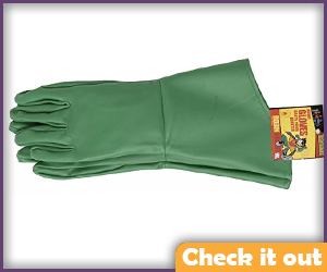 Flat Green Gauntlet Gloves.