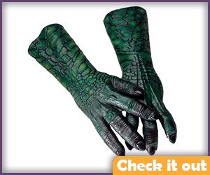 Tomar-Re Gloves.