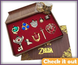 Legend of Zelda Jewelry Set.