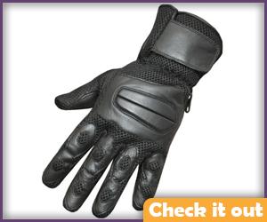 Black Padded Gloves.