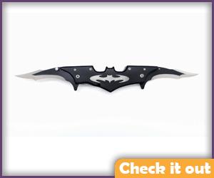 Batman Style Knife.