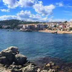 Kurz vor Calella de Palafrugell: Ein weiterer, sehr herausgeputzter Ort an der Costa Brava