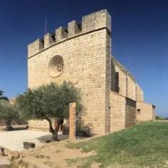 "Kurz vor dem Etappenziel ""L'Escala"" durchqueren wir ""Sant Martí d'Empúries"""