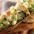 Tartine cu creveti, pere si avocado