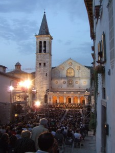 7-spoleto-festiva-dei-due-mondi-estate-2008
