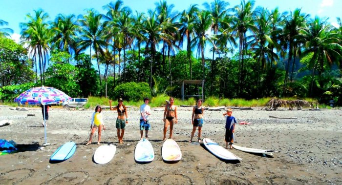 Dominical Waverider Surf Camp and Retreat 1
