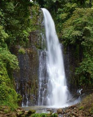 Los-Chorros-Waterfall-Greci