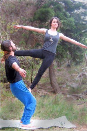 acro-yoga-pose