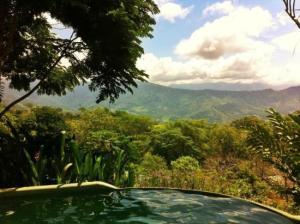 Las Nubes Natural Energy Resort 1