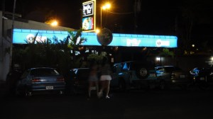 beatle-bar-jaco-costa rica 1