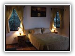 Cozy bedroom with ensuite and walkin closet