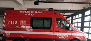 Ambulancia-dos-Bombeiros-Voluntários-de-Fão-300x135 Homem salvo na praia de Apúlia