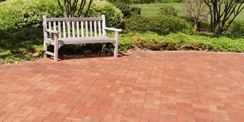 https www costimates com costs landscaping outdoors brick patio