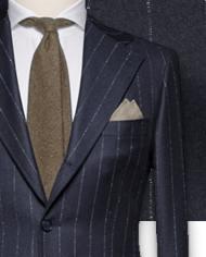 costume-bleu-nuit-flanelle-rayures-craie-costume sur mesure-zoom