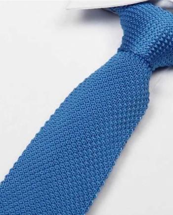 cravate tricot bleu ciel maille cravate italienne