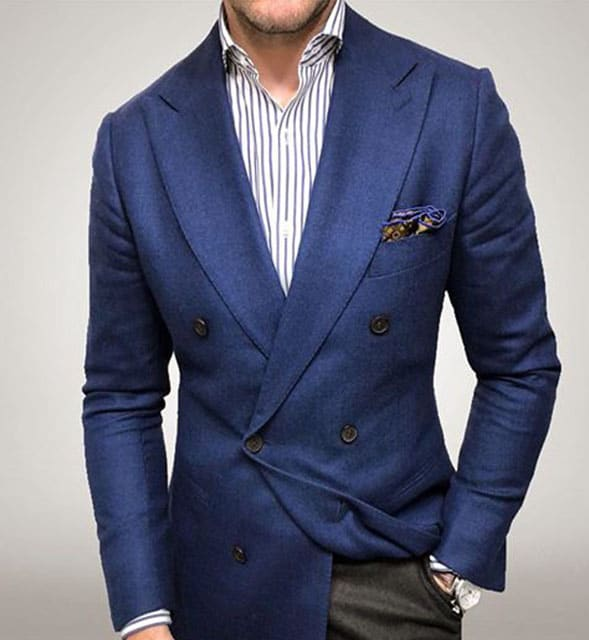 blazer croisé bleu pantalon gris