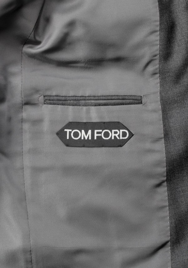 2015 Tom Ford 3 Piece Suit In Gray Multiple Sizes