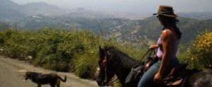 Photographe : A Cheval sur les Monts