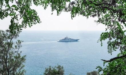 Photo de la semaine : Le yacht encadré