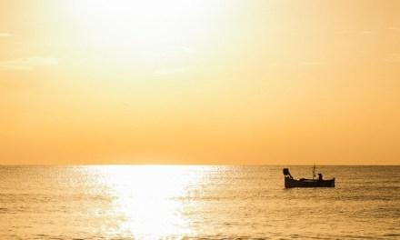 Photo de la semaine : Lever de soleil sur le pêcheur niçois
