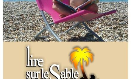 Lire sur le sable