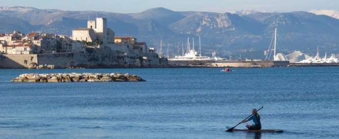 Paddling in Antibes