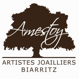 https://www.cotebasquemadame.fr/amestoy-artistes-joaillier-a-biarritz/