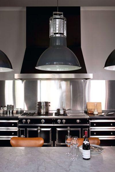 cuisine avec ilot central plaque de cuisson