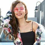 Gomerbesen Étui à lunettes rigide avec chaîne dorée pour femme Motif floral – – Taille unique