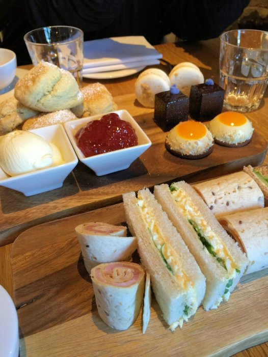 dormy-house-afternoon-tea-cotswolds-concierge (3)
