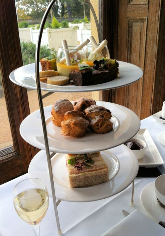 wood-norton-afternoon-tea-cotswolds-concierge (1)