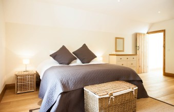 monks-mill-barn-cotswolds-concierge-8