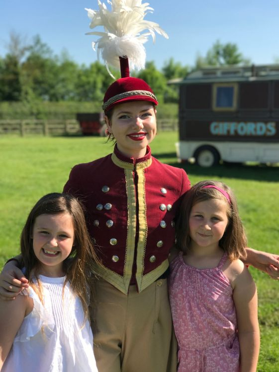 giffords-circus-any-port-in-a-storm-cotswolds-concierge (30)