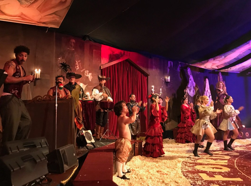 giffords-circus-any-port-in-a-storm-cotswolds-concierge (5)