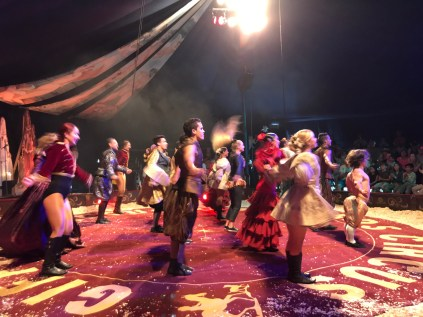 giffords-circus-any-port-in-a-storm-cotswolds-concierge (8)