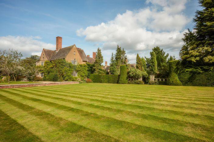 mallory-court-hotel-spa-cotswolds-concierge (10)