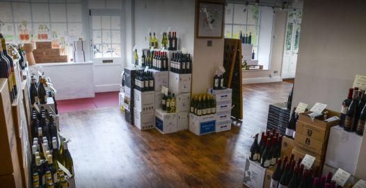 vinotopia-wine-shop-tetbury-cotswolds-concierge (1)