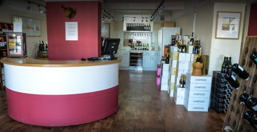 vinotopia-wine-shop-tetbury-cotswolds-concierge (4)