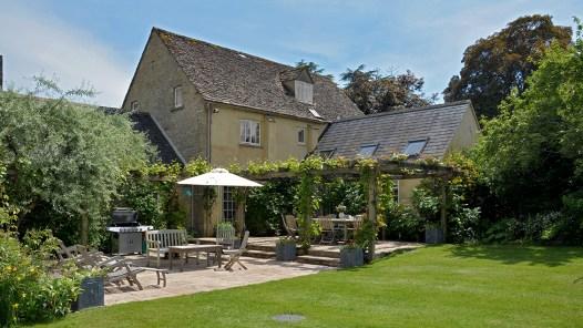 bruern-cottages-gardens-cotswolds-concierge (4)