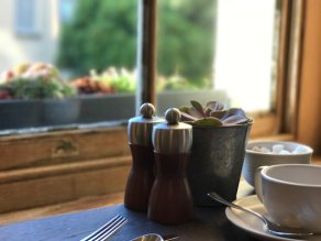 painswick-hotel-cotswolds-concierge-summer (70)
