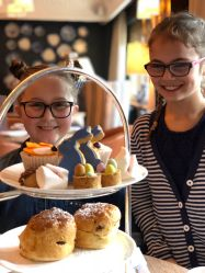 peter-rabbit-afternoon-tea-lygon-arms-cotswolds-concierge (9)