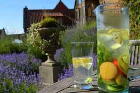 heath-farm-holiday-cottages-cotswolds-concierge (33)