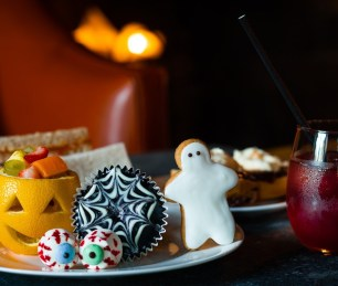 halloween-afternoon-tea-lygon-arms-cotswolds-concierge (1)