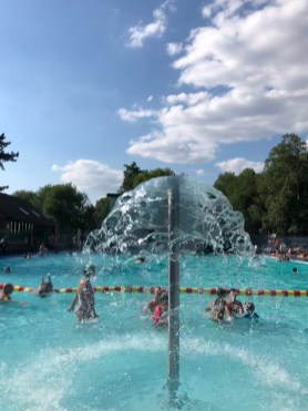 droitwich-spa-lido-cotswolds-concierge (4)