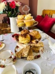 vintage-afternoon-tea-delivery-cotswolds-concierge (2)