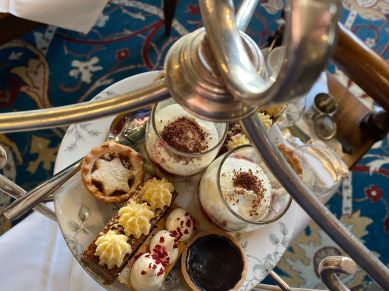 festive-afternoon-tea-ellenborough-park-cotswolds-concierge (12)