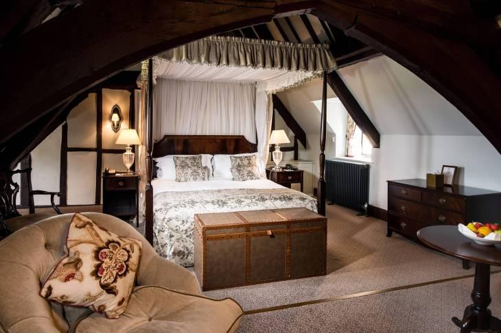ellenborough-park-cheltenham-hotel-spa-cotswolds-concierge (3)