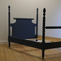 Custom Furniture - English Farmhouse Spindle Bed